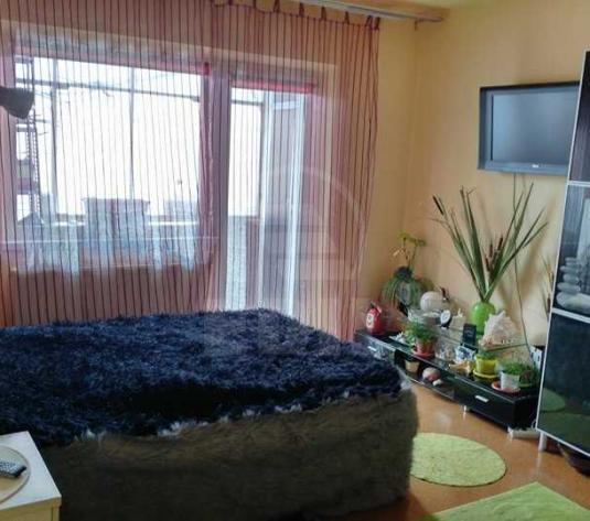 Apartamente de vanzare 4 camere Cluj-Napoca, Marasti - imagine 1
