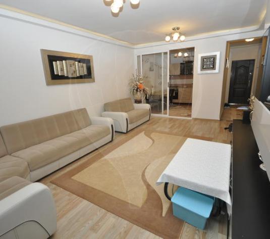 Vanzare apartament cu 2 camere in bloc nou, Tractorul - imagine 1