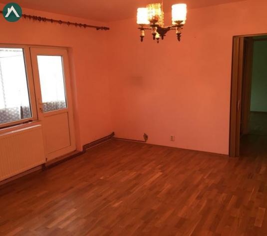 Vand apartament 2 camere zona Micalaca - 15008 - imagine 1