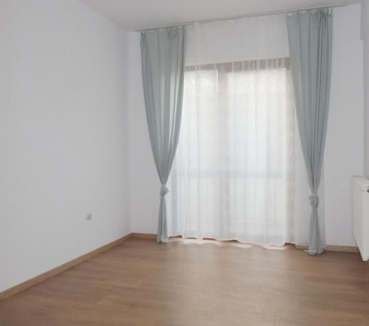 Apartament cu 3 camere Europa - imagine 1