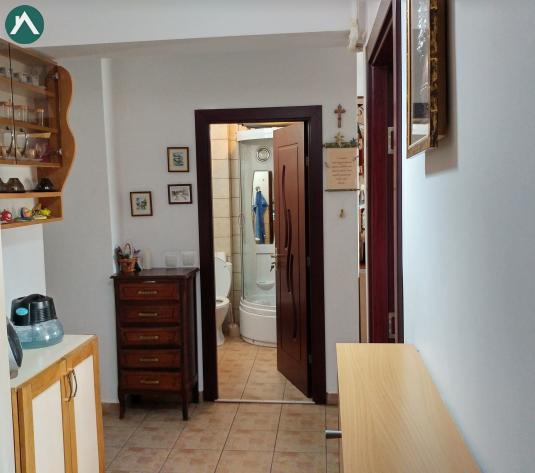 Apartament 107mp util, finisat, partial mobil., scara interioara, parcare, Floresti-Terra  - imagine 1