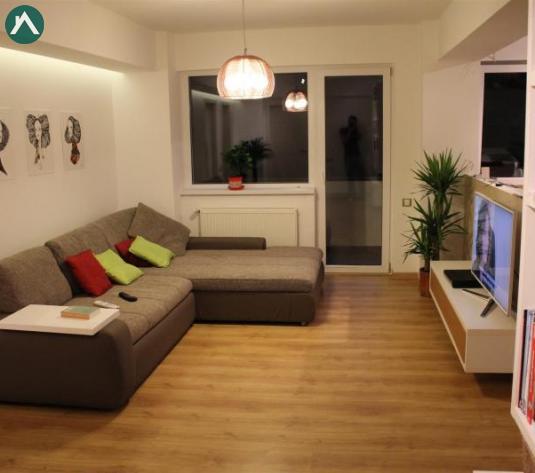Apartament cu 3 camere, finisat si mobilat, in zona cu mult spatiu verde - imagine 1