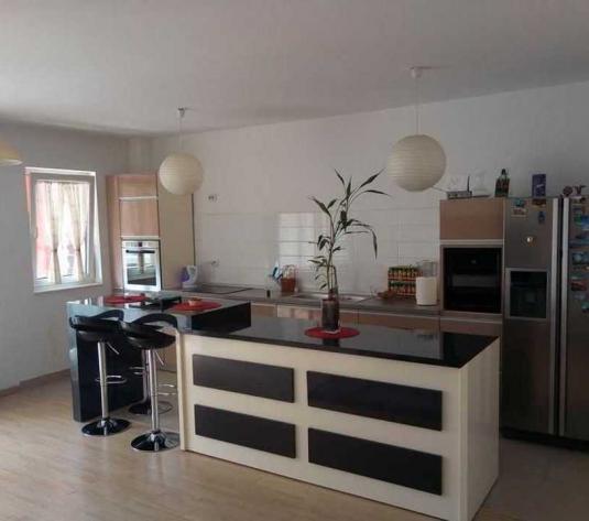 Vanzare apartament 2 camere in Buna Ziua zona Lidl - imagine 1