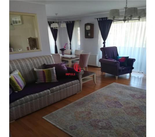 Apartament 4 camere, decomandat etaj 1. - imagine 1