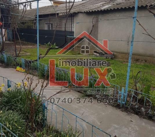 Lux Imobiliare, ofera spre vanzare CASA pe Str.UrziciiLux Imobiliare, ofera spre vanzare CASA pe Str.Urzicii - imagine 1