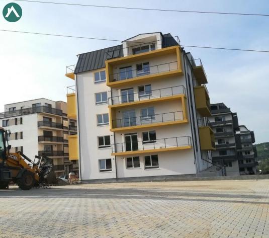 Apartamente in imobil nou zona VIVO (Polus) - imagine 1