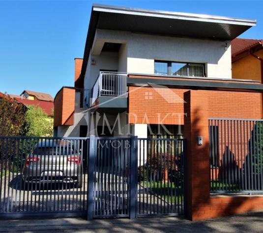 Casa de vanzare 4 camere  in Cluj Napoca -  Andrei Muresanu - imagine 1