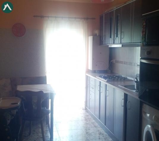 Vand apartament cu 2 camere decomandat - imagine 1