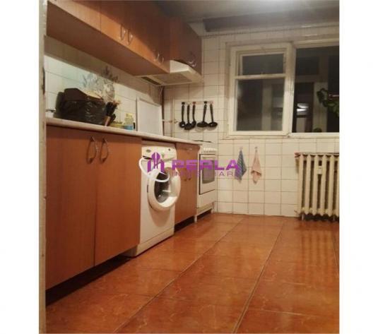 Vanzare Apartament 3 camere Dristor Metrou - imagine 1