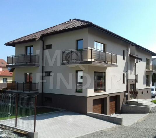Vanzare apartament in vila, 3 camere, garaj, boxa, zona Campului - imagine 1