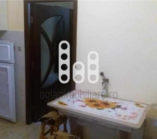 Apartament 2 camere, 31 mp, zona ultracentrala - imagine 1