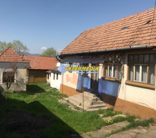 Casa de vanzare in apropiere de Alba Iulia zona Drambar - imagine 1