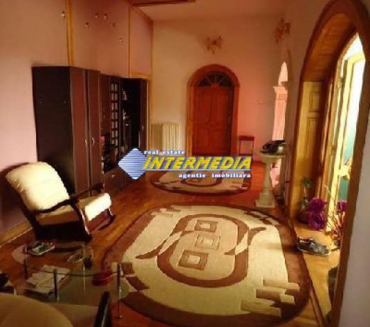 Casa de inchiriat in Alba Iulia, Zona Cetate - imagine 1
