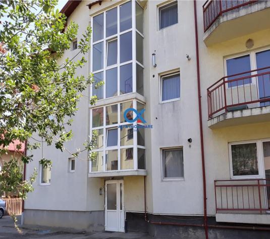 De vanzare apartament de 2 camere, strada Florilor - imagine 1