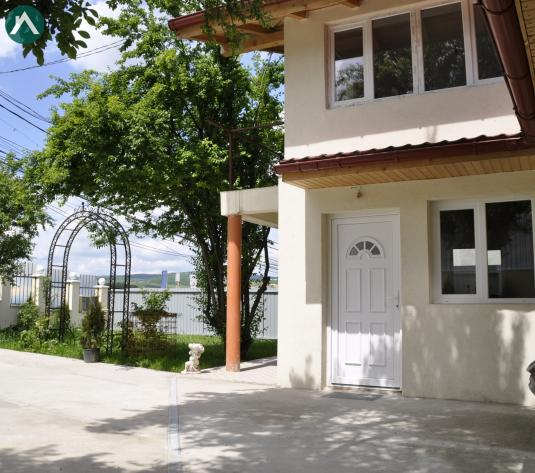 Casa 70mp, teren 600mp, trifazic, Grigorescu.. - imagine 1
