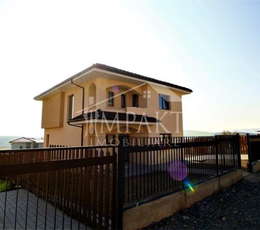 Casa de vanzare 4 camere  in Cluj Napoca -  Dezmir - imagine 1