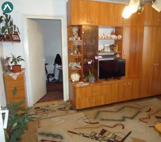 Oferta !Apartament 3 camere Manastur, str. Padin, zona P-ta Flora, cu garaj din beton - imagine 1