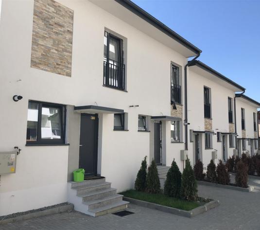 Apartament 3 camere+gradina de vanzare zona Europa in Zorilor - imagine 1