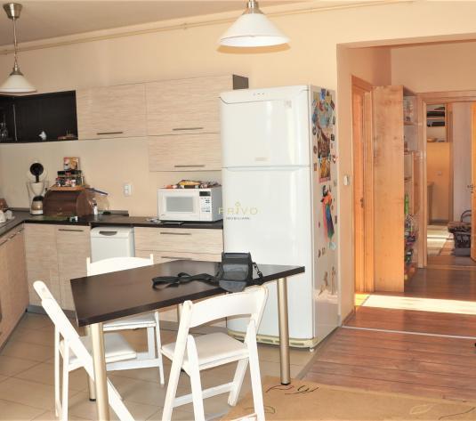 Apartament, 3 camere, pacare, 56 mp, pe Eugen Ionesco - imagine 1
