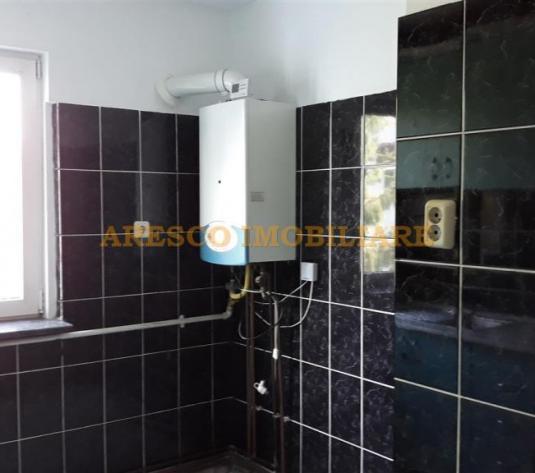 Vand apartament cu 3 camere in Gheorgheni  AR9158 - imagine 1