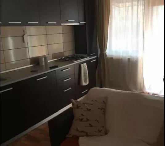 Apartament 2 cam - imagine 1