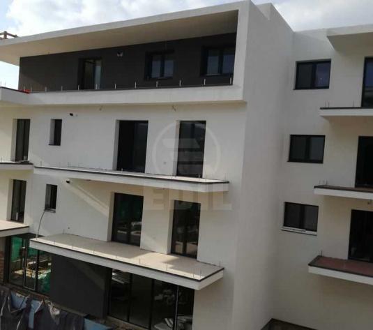 Apartamente de vanzare 3 camere Cluj-Napoca, Borhanci - imagine 1