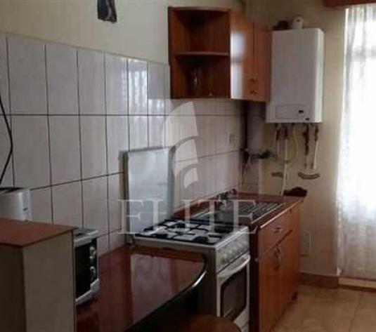 Vanzare Apartament 1 Camera In DIMBU ROTUND Zona Dambu Rotund - imagine 1