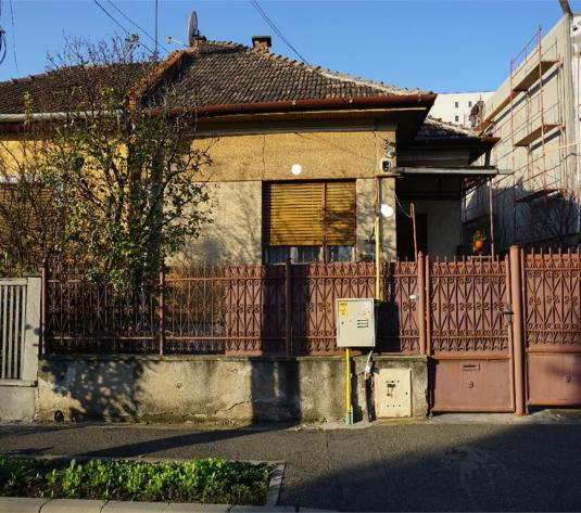 Casa 200 mp,zona Zona Gara, 280 mp curte,mobilata - imagine 1