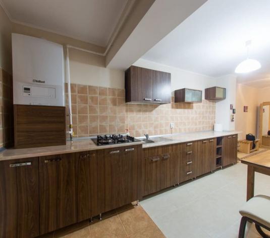 Apartament 3 camere de inchiriat Cetate - imagine 1