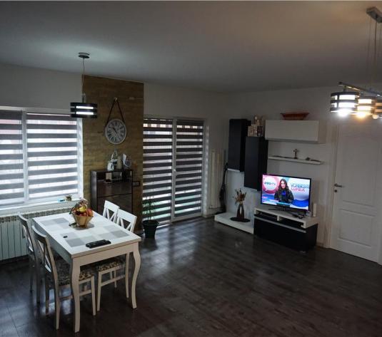 Apartament 2 camere,E.Ionescu,52,terasa,finisat/mobilat - imagine 1