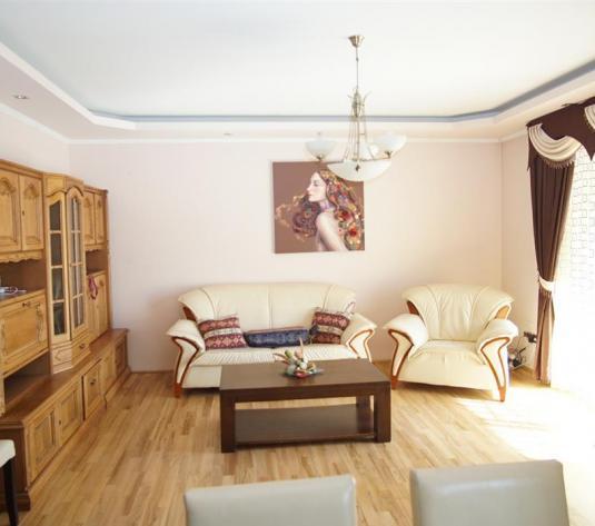 Apartament 2 camere de vanzare in cart Europa zone E Ionesco - imagine 1