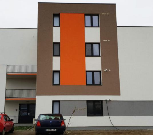 Apartament cu 2 camere + gradina 26 mp - imagine 1