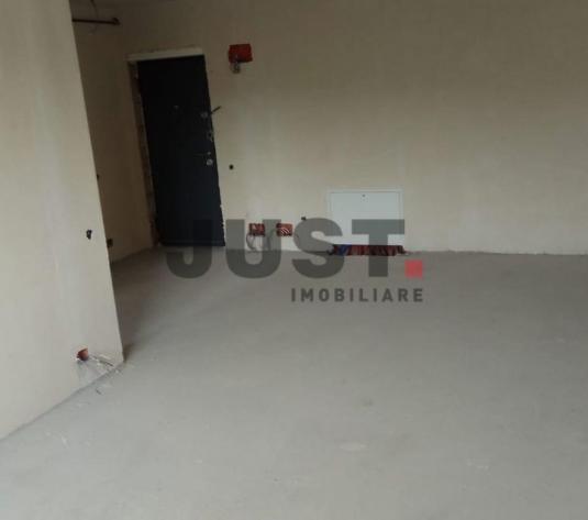 Apartament cu 2 camere de vanzare in zona Dambul Rotund - imagine 1