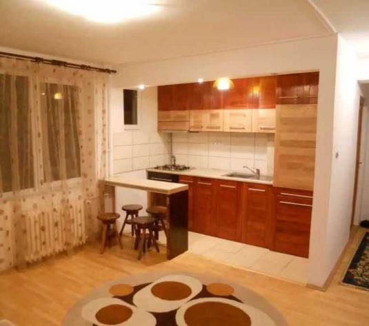 Vanzare apartament 3 camere in Gheorgheni zona P-ta Hermes - imagine 1