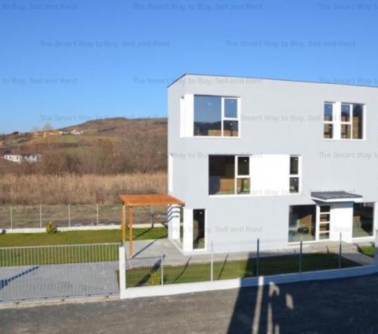 Vanzare Casa/Vila 4 camere Borhanci - imagine 1
