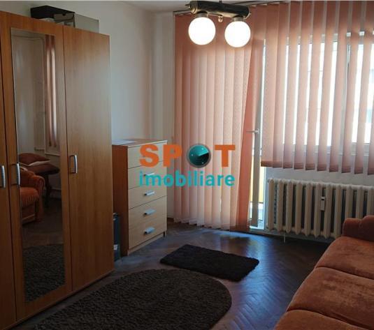 Vanzare apartament 2 camere 48 m2 , zona Hotel Paradis! - imagine 1
