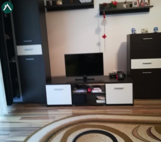 Vând apartament Floresti  - imagine 1