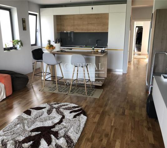Vanzare apartament 3 camere, garaj subteran, cartier Europa, 158.000 euro neg - imagine 1