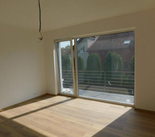 Vanzare apartament cu 3 camere semidec., la casa+ gradina, zona Campului - imagine 1