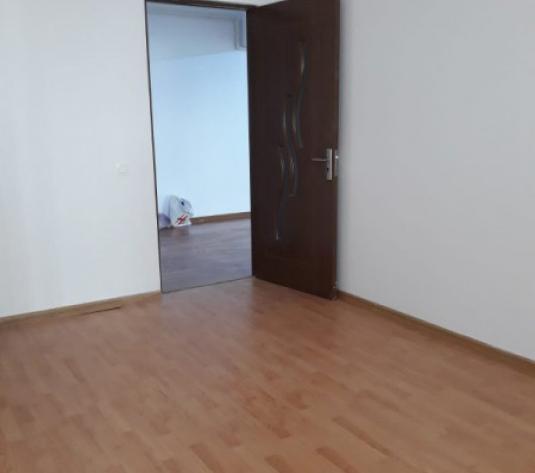 Apartament 3 camere Floresti zona Panemar - imagine 1