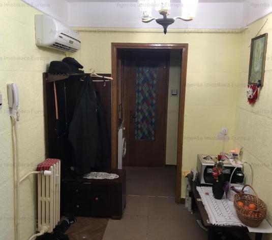 Vanzare Apartament 2 camere Piata-Noua - imagine 1