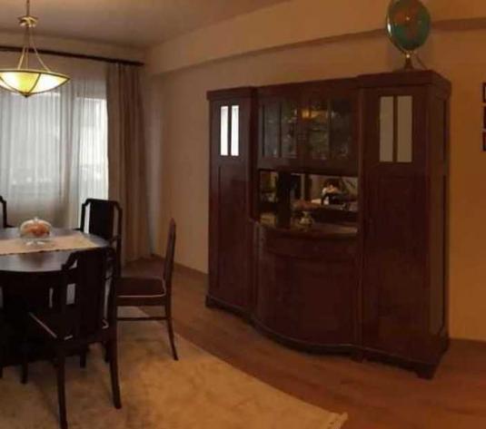 Vanzare apartament 4 camere in Europa zona strazii Eugen Ionesco - imagine 1