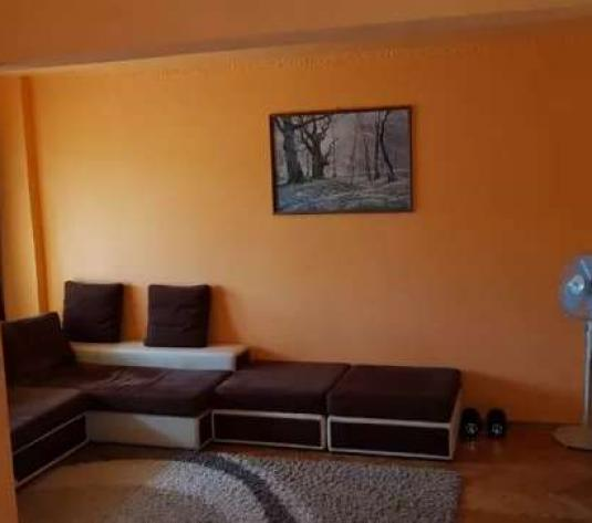 Apartament 2 camere Cetate - imagine 1