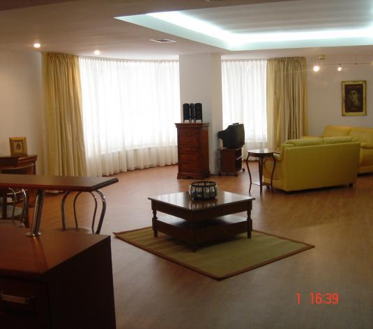 GM1042 Inchiriere apartament de lux 180mp, Soseaua Nordului stradal, vav Il Calcio - imagine 1