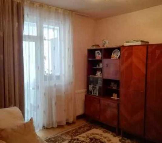 Vanzare apartament 3 camere in Baciu zona Restaurantului Regal - imagine 1