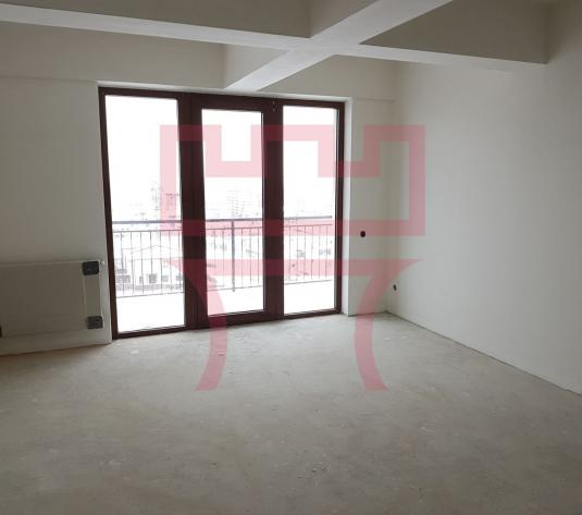Vanzare apartament 2 camere Europa, terasa 9mp,  panorama oras + garaj - imagine 1