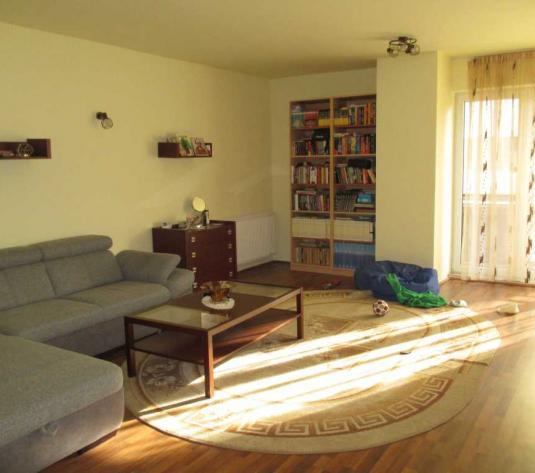 Vanzare apartament 3 camere in Borhanci zona strazii Romul Ladea - imagine 1