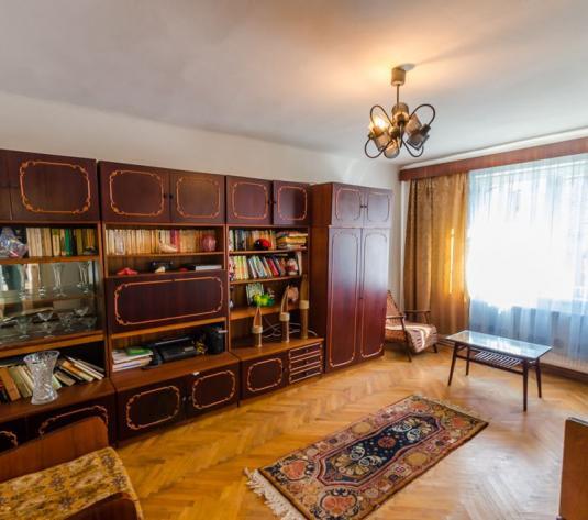 Apartament la casa, 3 camere, 250 teren, Calea Dumbravii - imagine 1