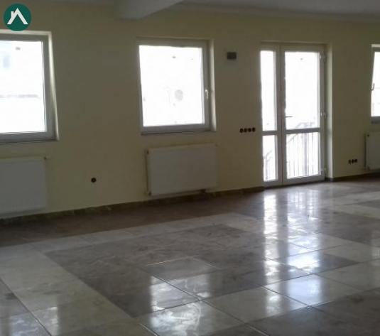 Spatiu comercial in CF, 69 mp, gradina, balcon, parcare Floresti - imagine 1