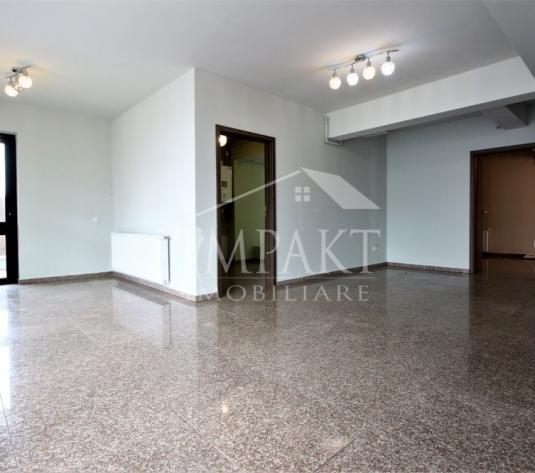 Spatiu de vanzare 4 camere  in Cluj Napoca - cartierul Intre Lacuri - imagine 1